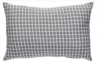 kussens---vakjes-patroon---lichtgijrs---donkergrijs---zwart---incl-vull.---set-van-3---hubsch[0].jpg